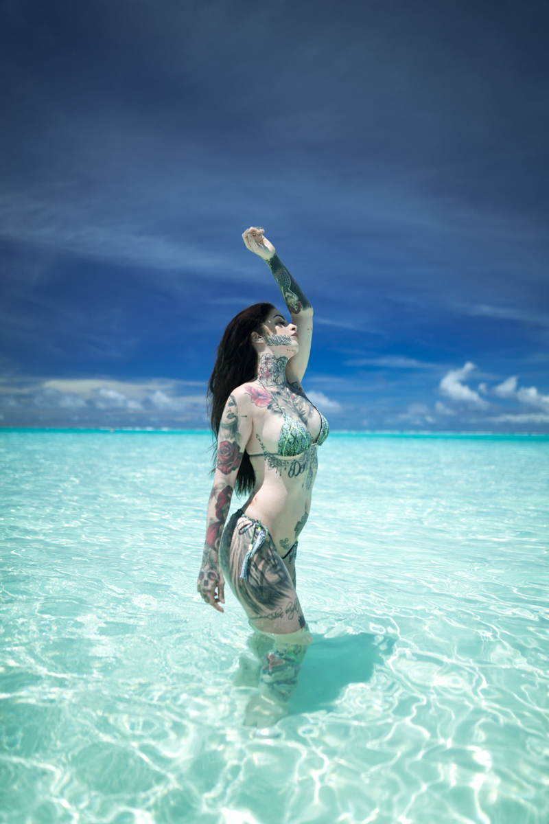 Mia Dolls : la Réunionnaise mannequin tattoo et playmate
