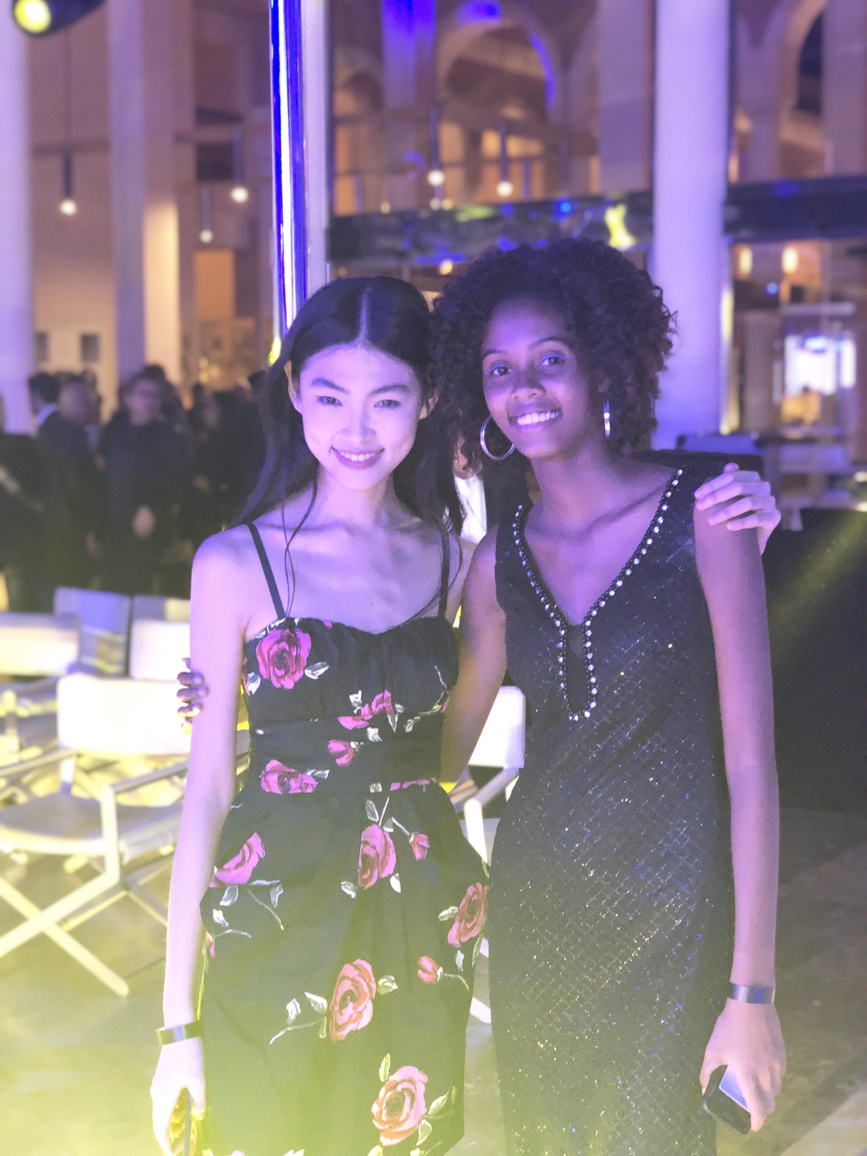 Wen Di, la chinoise, grande gagnante du concours et Camille qui elle aussi a remporté un contrat