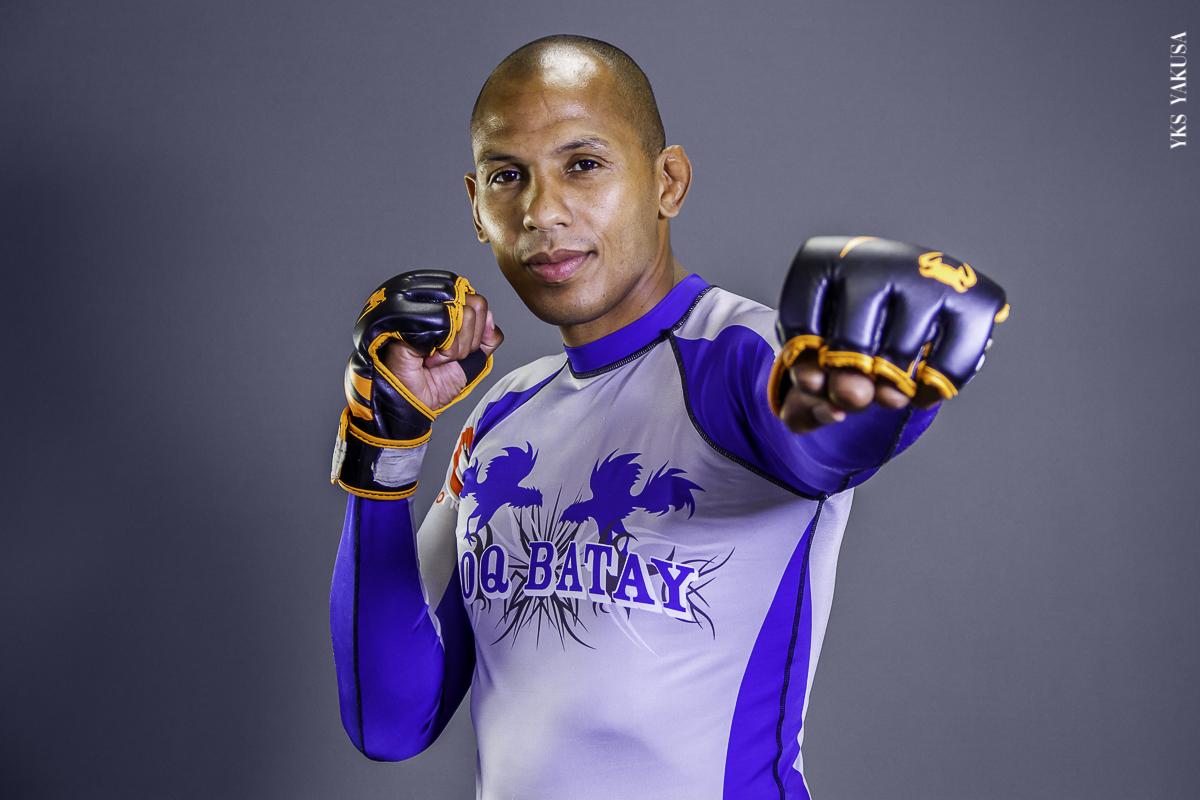 Gaël Grimaud : le beau gosse du MMA revient dans son île