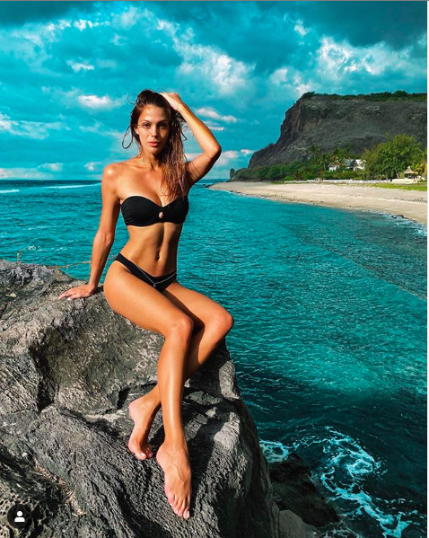 Photo: capture Instagram Iris Mittenaere