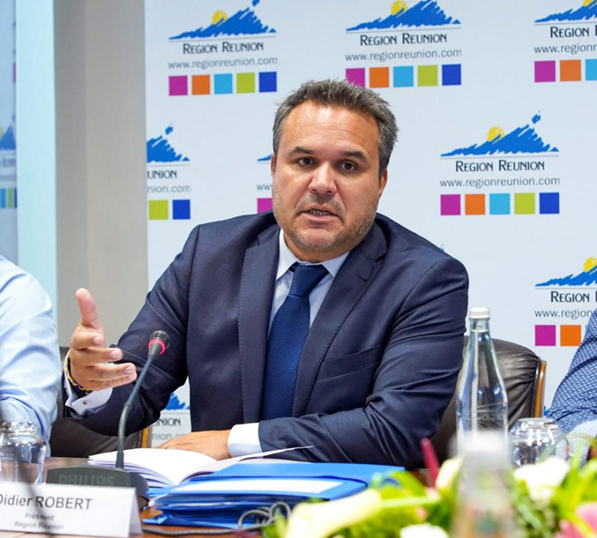 La Région débloque 1 million d'euros pour la mise en place de secours d'urgence et de colis alimentaires et pour les dépenses d'investissement...