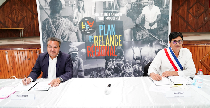 Signature de convention Région-Commune de l'Entre-Deux