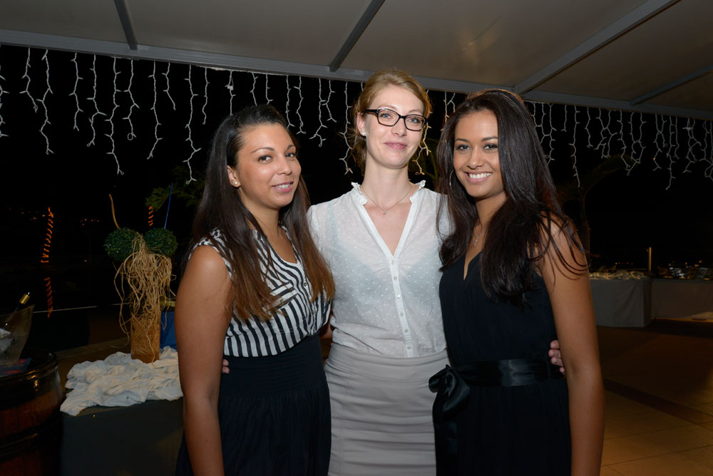 Marjorie, Marianne, et Stéphanie, commerciales au Mercure Créolia