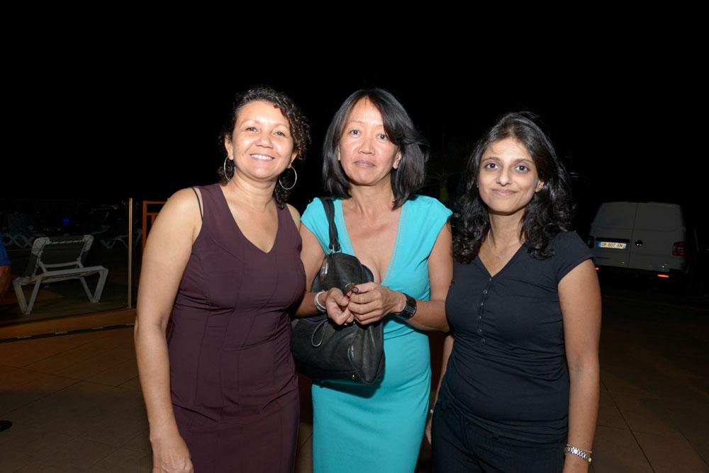 Linda Law-Ki, Eva Doande de Canal+ Réunion,  et Nassima Omarjee,  responsable marketing d'Antenne Réunion