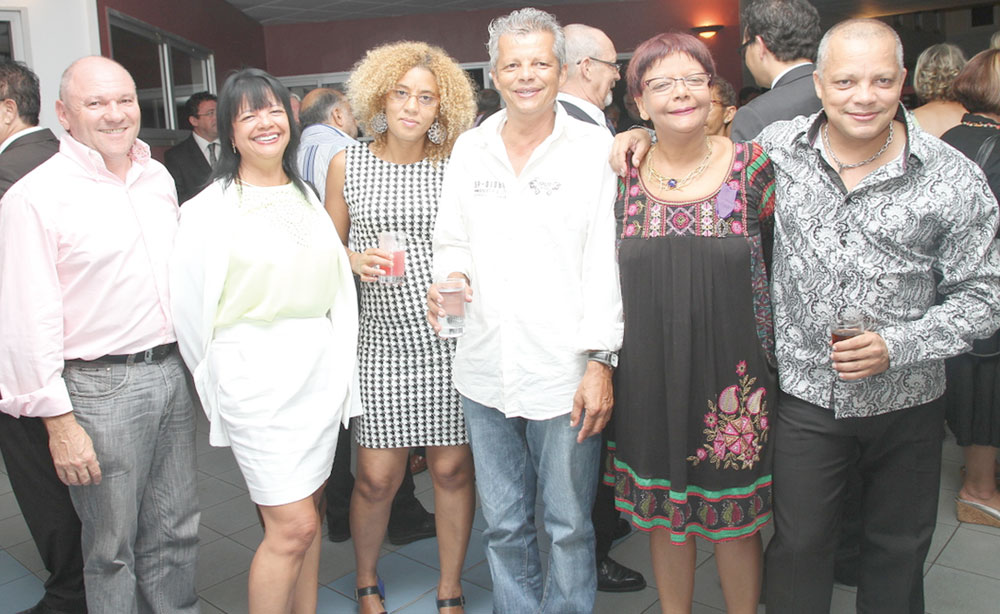 Bruno Dubois, Lison Dambreville, Elisabeth Jeannin,  Marie-Louis Dambreville, Dominique Dambreville, et Freddy Dambreville