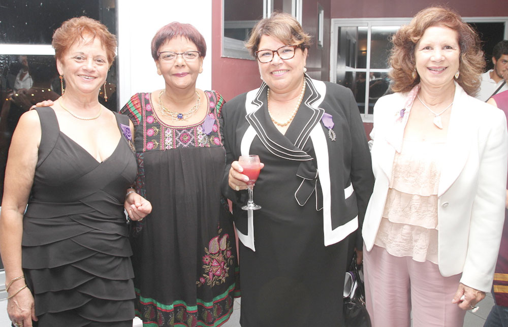 Roseline Agenor, Dominique Dambreville,  une invitée, et Suzie Gaps, membre de l'AMOPA
