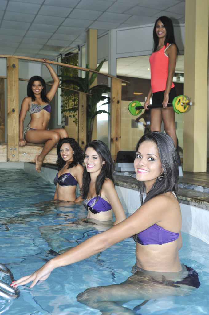 Les 12 candidates Miss Réunion chez MOVING