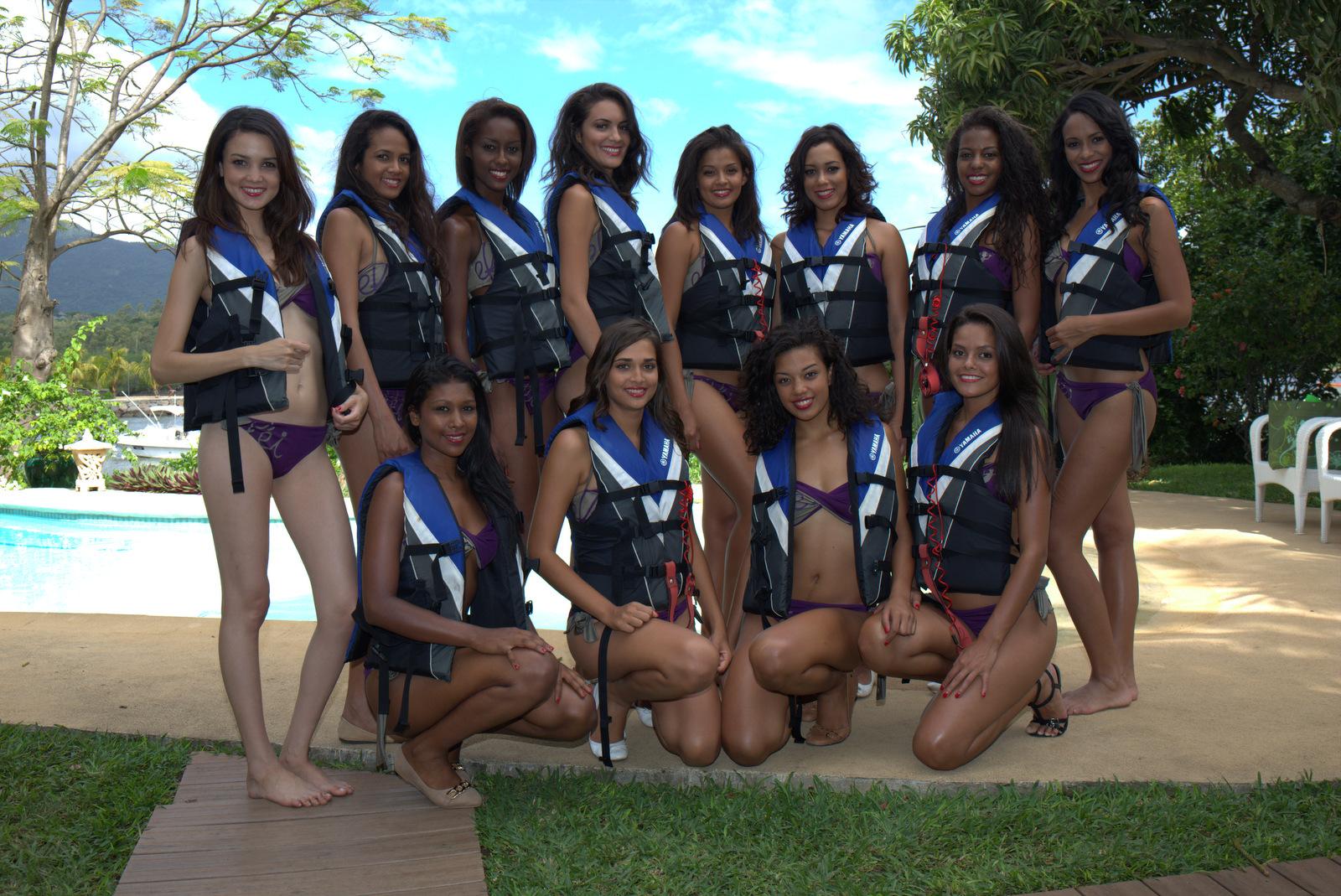 12 Miss prêtes à affronter les flots