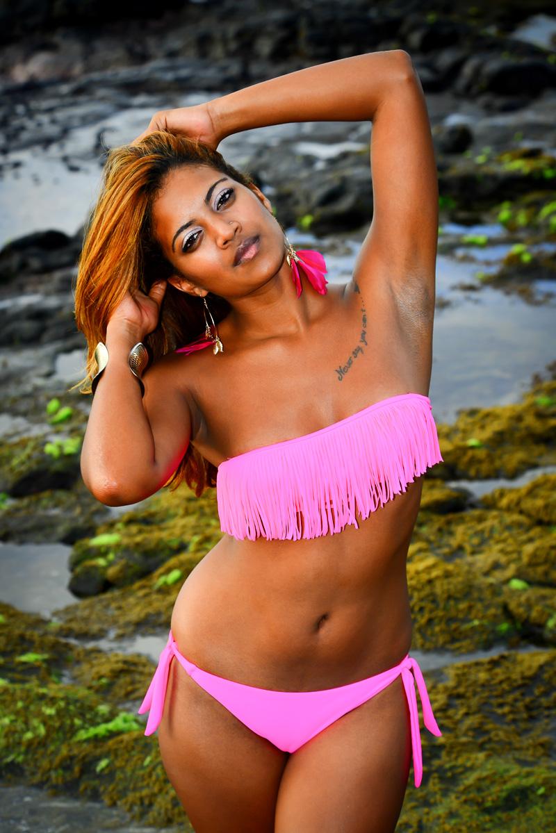 La Mauricienne Amélie Léonard a 18 ans, mesure 1,70 m, et aime danser…