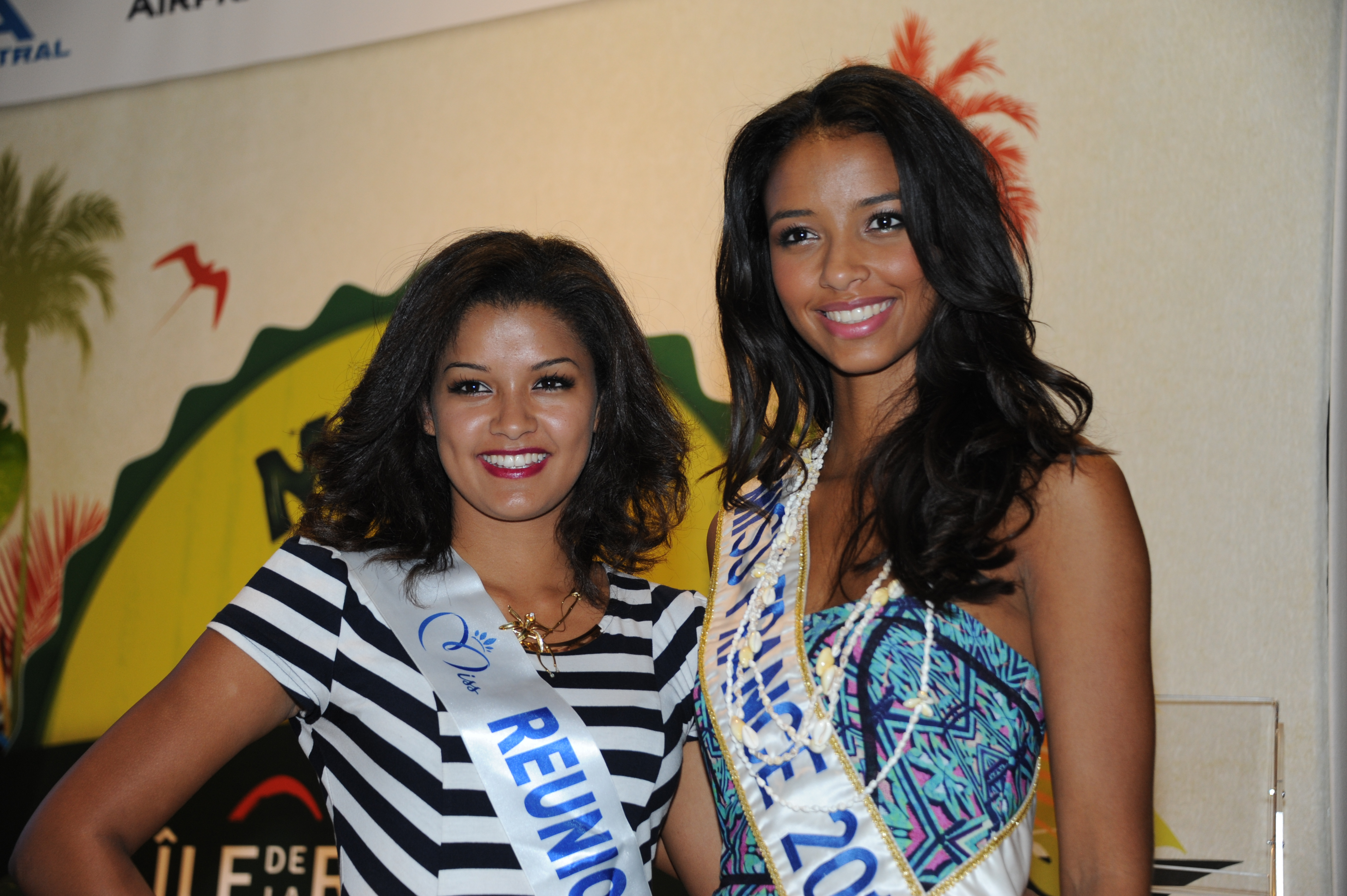 Ingreed Mercredi, Miss Réunion 2014, et Flora Coquerel, Miss France 2014