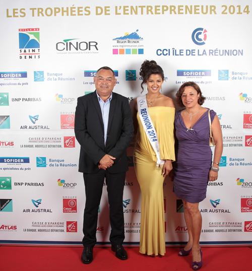 Bernard Picardo, président de la Chambre des Métiers et son épouse, entourent Ingreed Mercredi