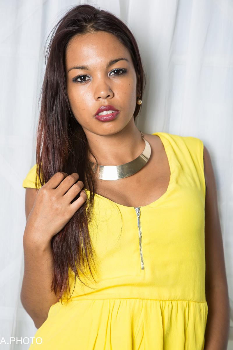 Aurore, une très jolie créole expatriée en métropole pour sa formation, mais elle reviendra!