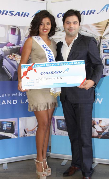 Nicolas Lehoucq a remis son billet Grand Large Corsair à Miss Réunion 2014