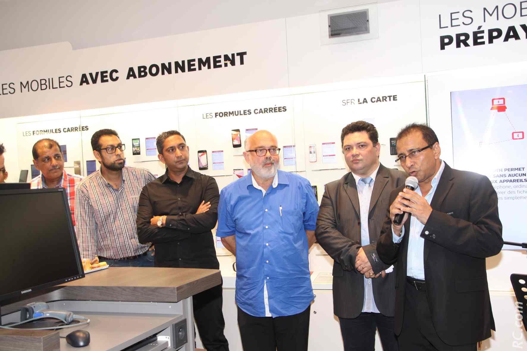 Patrick Malet, maire de Saint-Louis, Ibrahim Patel, Luc-Guy Fontaine, et Younous Adame, de la CCIR et président de l'association des commerçants de Saint-Benoît