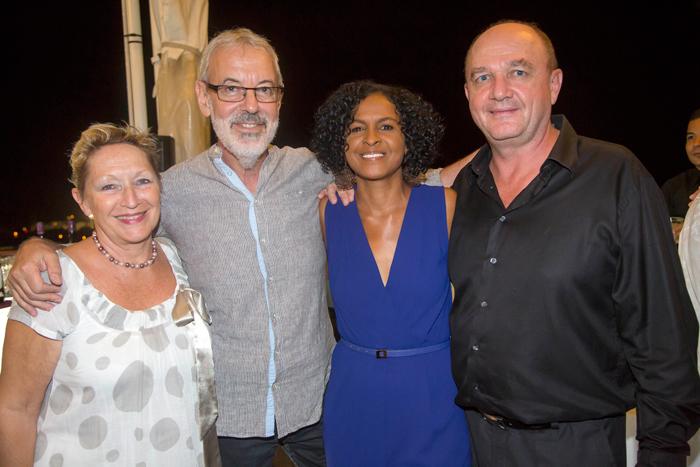 Jean-Luc Iglicki et son épouse Christine, Renée Fages, présidente de Coeur et Conscience Réunion, et Patrice Fages, président directeur général du Groupe Fages