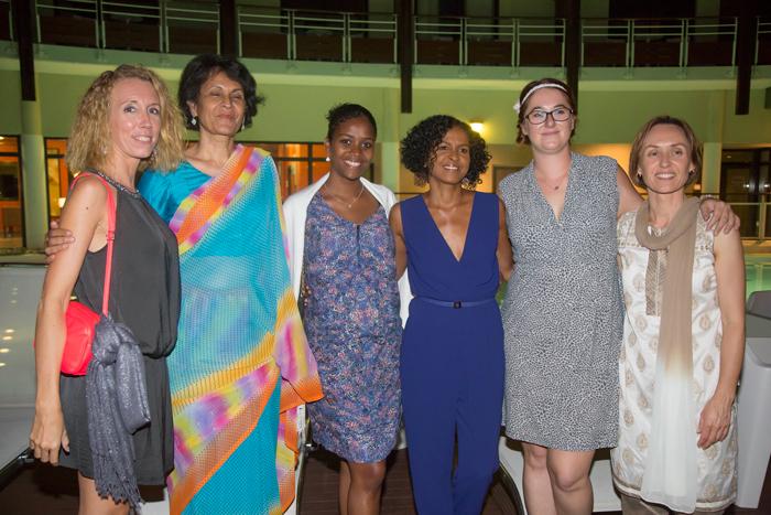 Isabelle Bassat,  Roumana Cassam Chenai, Saida Soubelu, Renée Fages, Fleur Postaire, et Brenda Guidi
