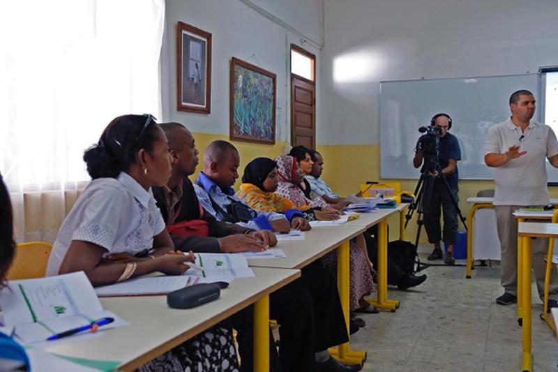 Zone Australe sur Antenne Réunion <br>Comores: Recherche Universitaire