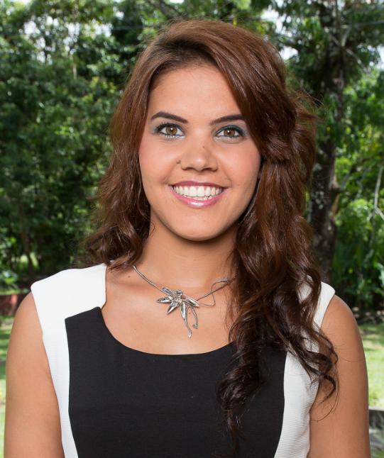 N°5 - Emmanuelle Royer - 22 ans, 1,72 m - Bras Panon