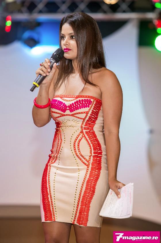 La soirée était présentée par la ravissante Katiana Castelneau