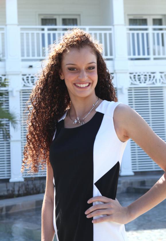 10. Jessie ROBERT       18 ans, 1,78 m - Saint-Joseph