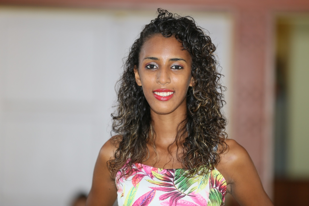 N°12: Laurie Rouget - 17 ans, 1,74m