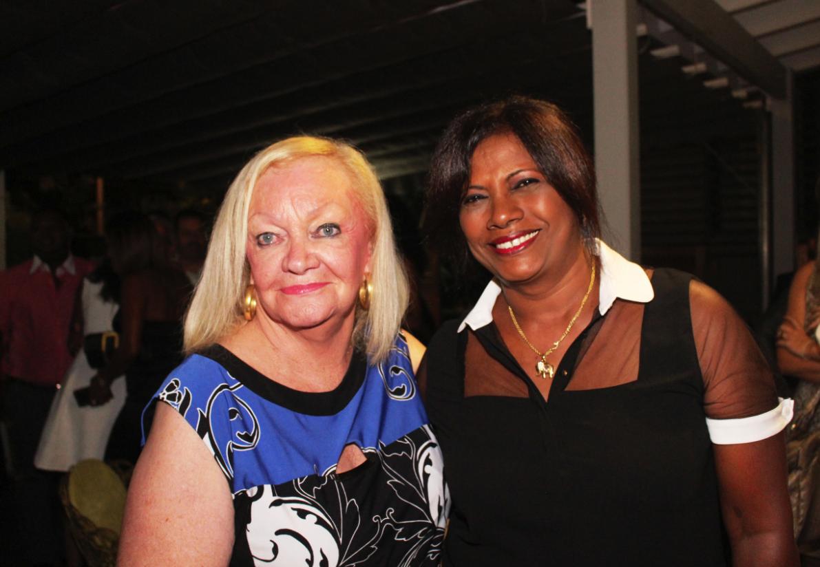 Madame Aude et Victorine Taïlou qui a révélé une recette de samoussas poulet bien évidemment!