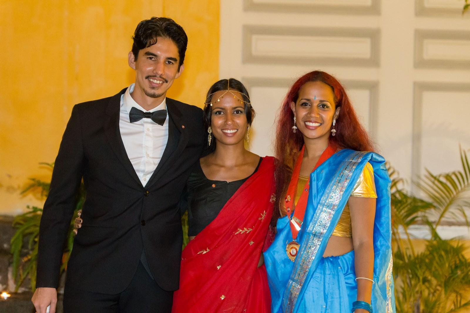 Jean-Max Boyer, chef de protocole du Rotaract Cœur du Nord, Elodie Sétapin, secrétaire du Rotaract Cœur du Nord, et Anne-Laure Sétapin