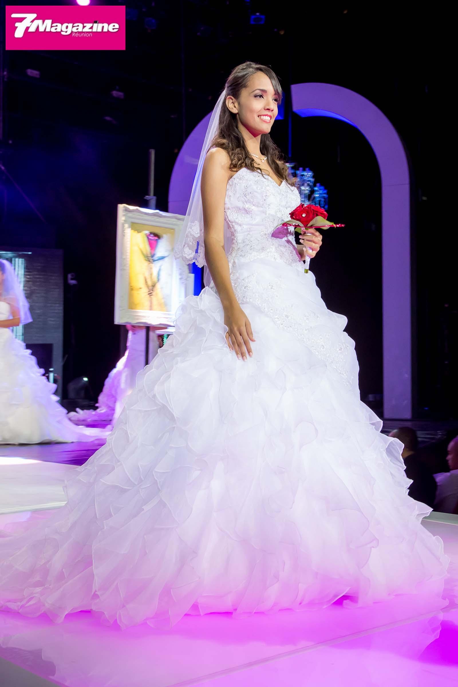 Moments émotion sur Miss Réunion: les robes de soirée et de mariée