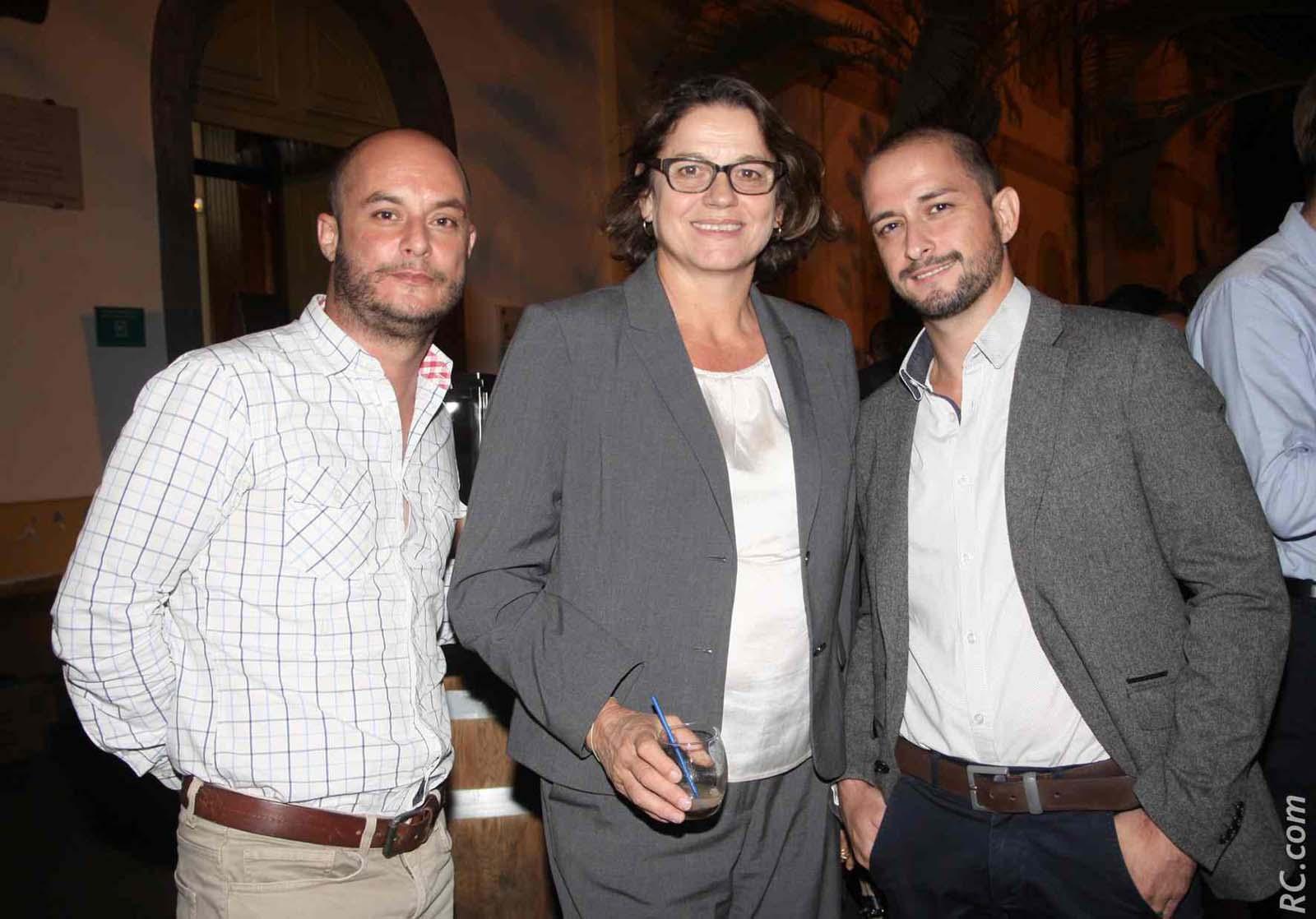 Yolaine Coste avec Emmanuel Robert et Gilles Michel de Réunion Edition