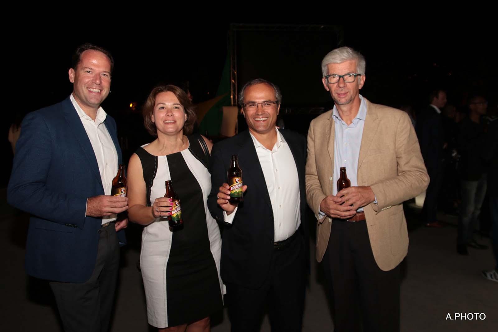 Boudewijn Haarsma du Groupe Heineken, Doron Wijnschenk, le directeur général des Brasseries de Bourbon, et Thierry Devimeux, ex-secrétaire général pour les Affaires Régionales à la Préfecture
