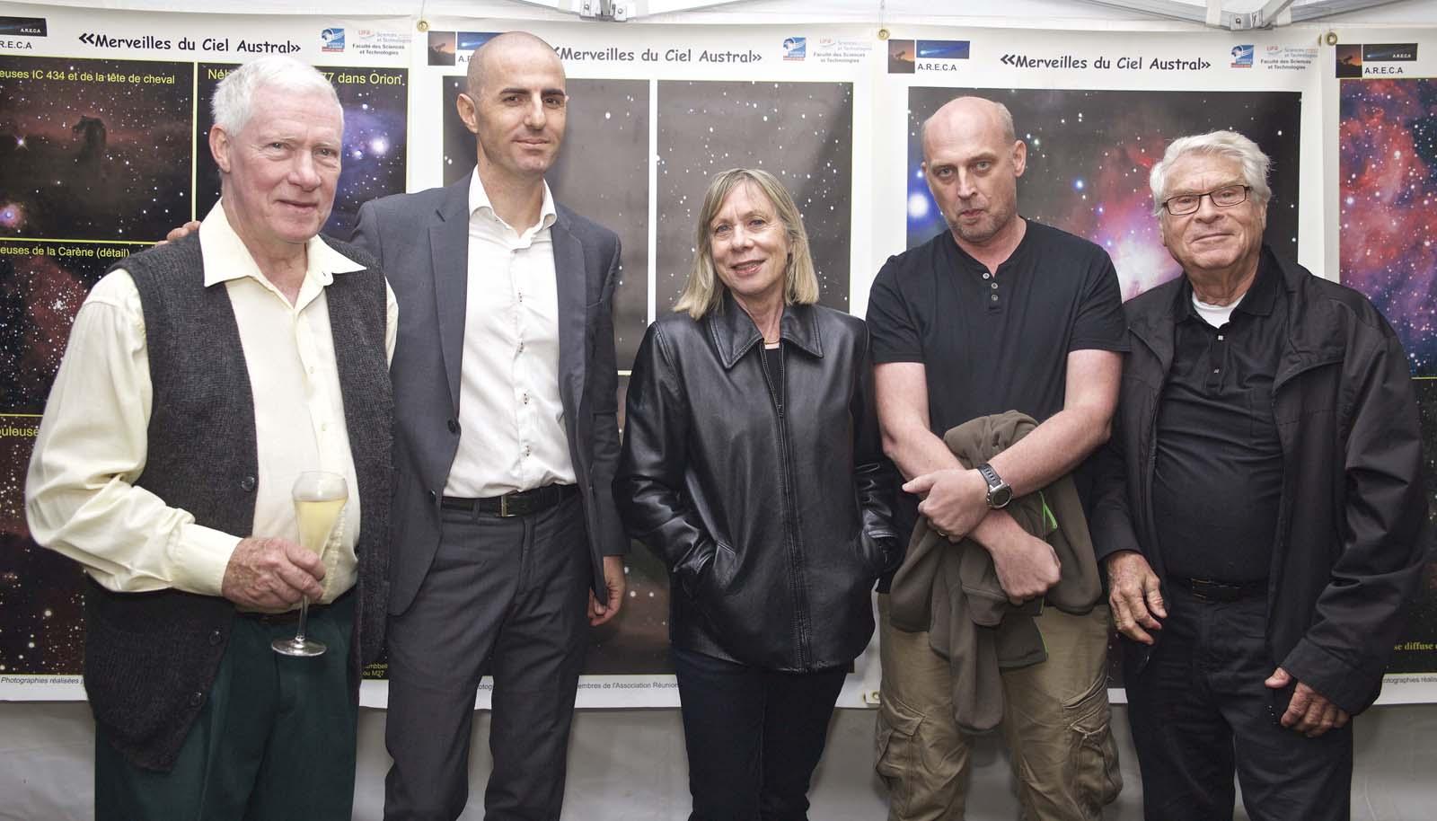 François Gérard, propriétaire du Domaine Diana Dea, Geoffrey Serra, Luc Perrot, astro-photographe entre Madame et Monsieur Hessler