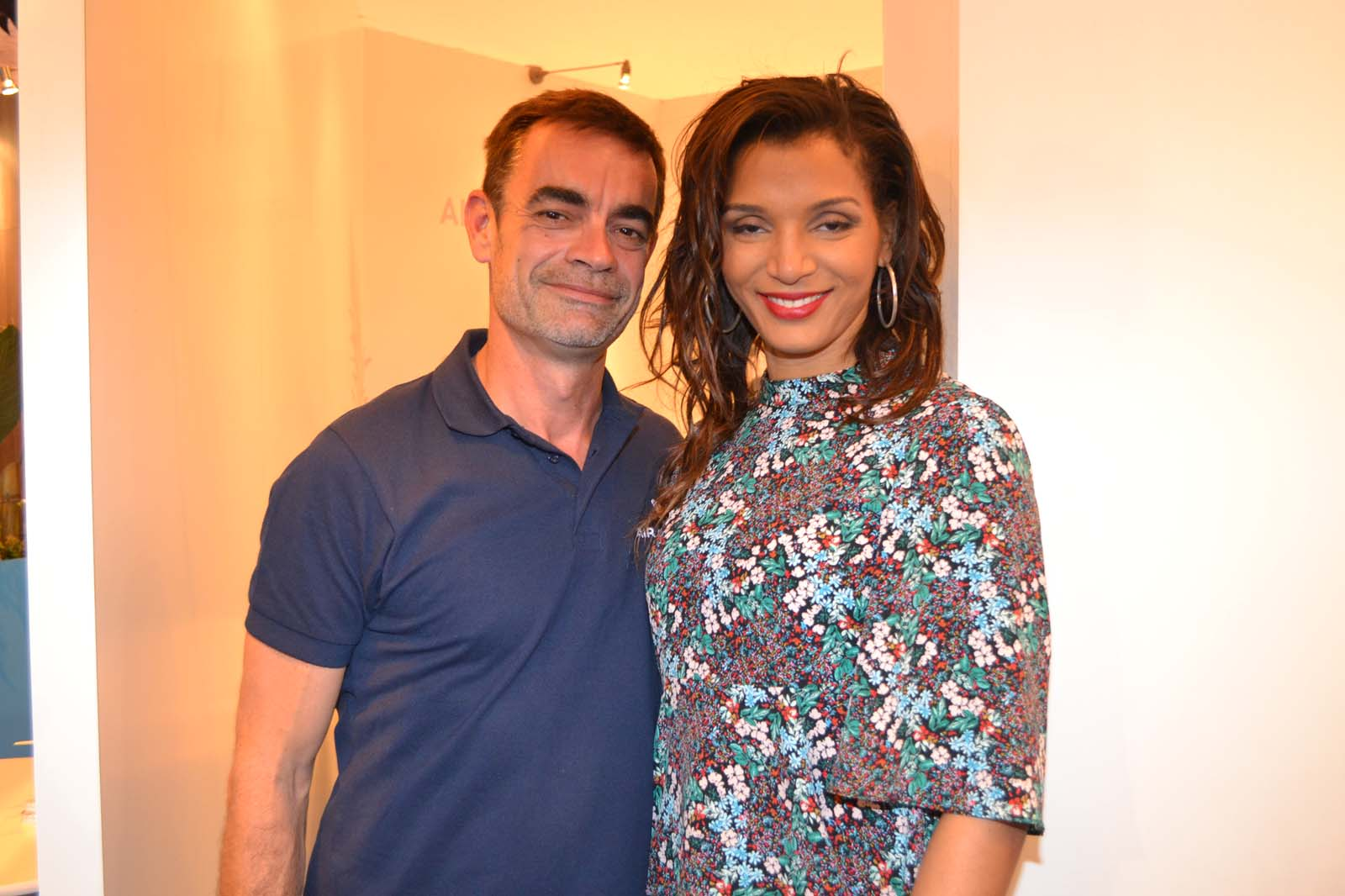 Fabrice Adam, responsable communication Air Austral, et Stéphanie Thazar