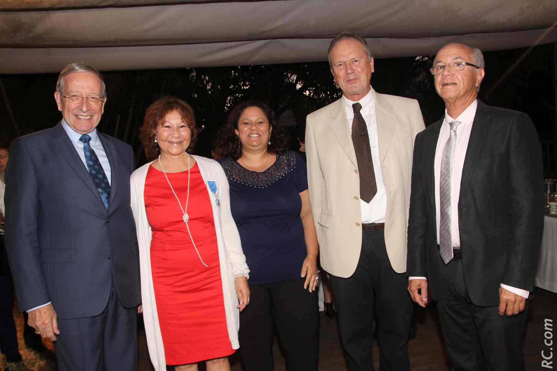 Patrick Hervé, président de l'ANM ONM, Ginette Azélie, Betty Hoareau, Michel Esterlingot, secrétaire général et Jean-Pierre Dambreville, sous-préfecture de Saint-Pierre