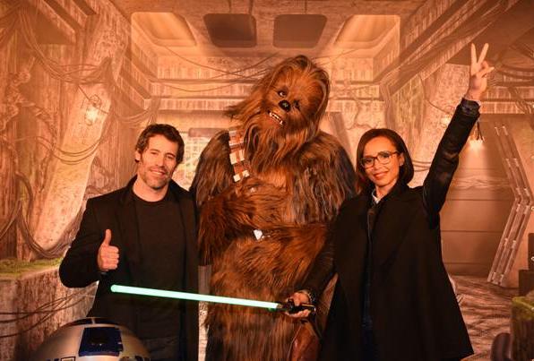 Jalil Lespert et Sonia Rolland avec le gentil Chewbacca