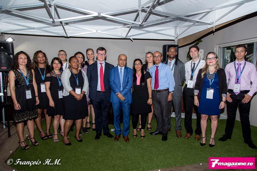 Les collaborateurs du cabinet entourent Christophe Rocard, Abdoullah Lala et Amina Lala