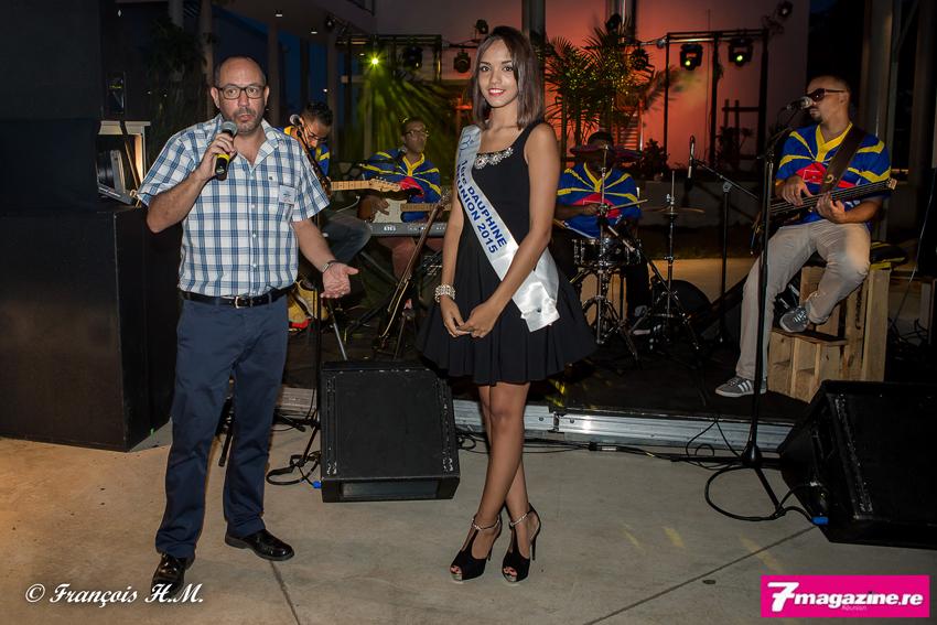 Nicolas Martin, le directeur du site Réunionnais du monde, et Vanessa Robert, 1ère dauphine de Miss Réunion 2015