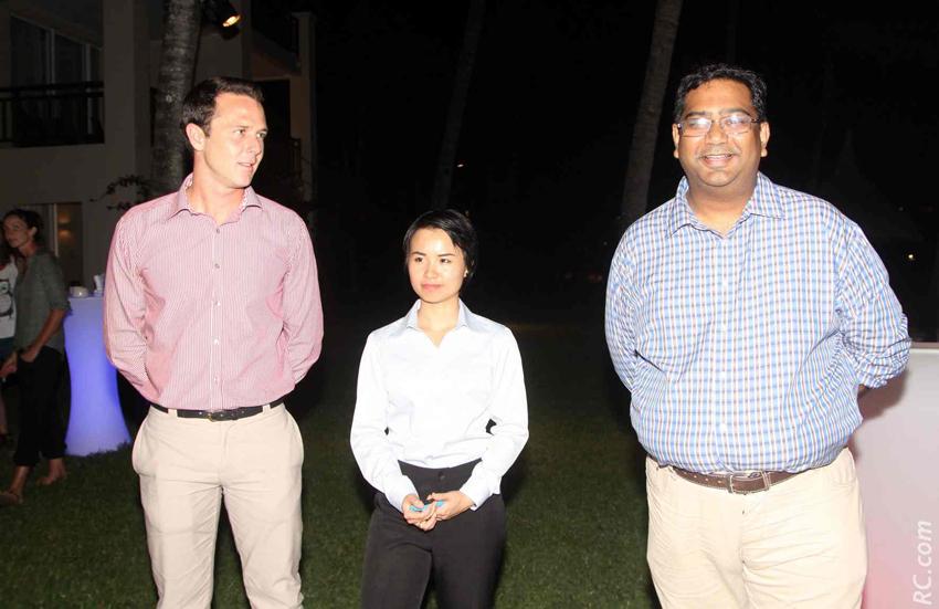 Olivier Lagane, directeur du Shandrani, une employée de l'hôtel et Kévin Ramkaloan, Directeur de la MTPA nous ont réservé un accueil chaleureux.