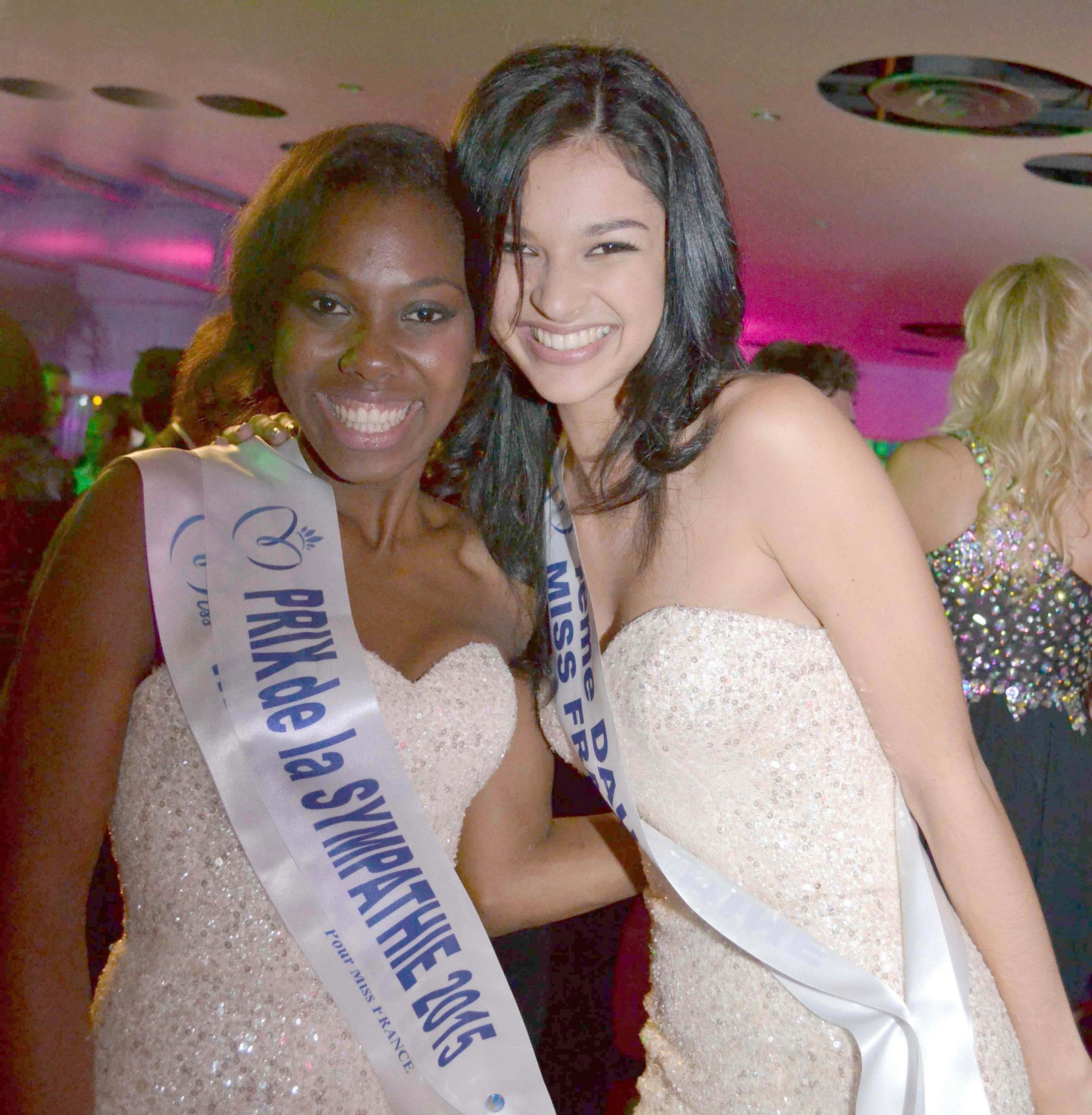 Ramatou, Miss Mayotte, a eu le Prix Sympathie, décernée par toutes les Miss