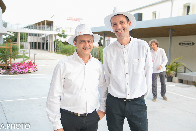 Jean Luc Mereau, responsable informatique et  Jean Pierre Passimourt, responsable marketing CMR