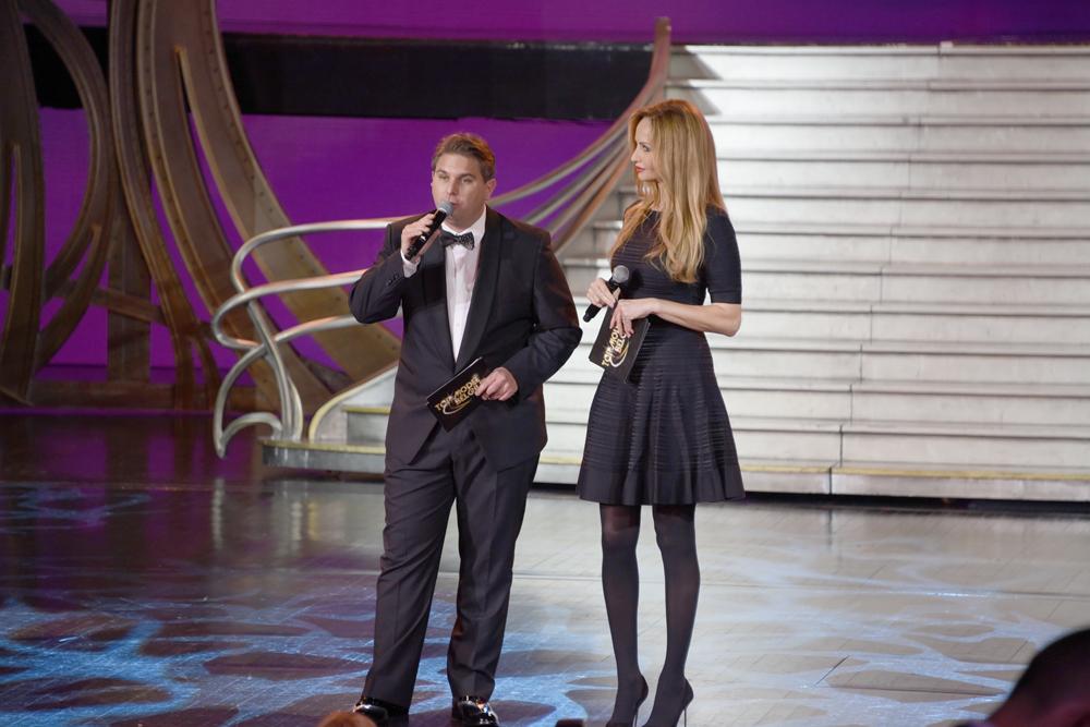 Jérémy Urbain et Adriana Karembeu, les présentateurs de cette soirée au Lido