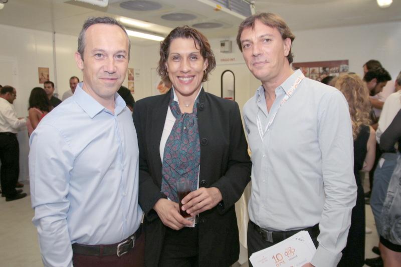 Philippe Flechon, responsable du Caffe Lindo & achats, Amy Soule, responsable Food, et Jean-Charles Bouquet, directeur Newrest Réunion