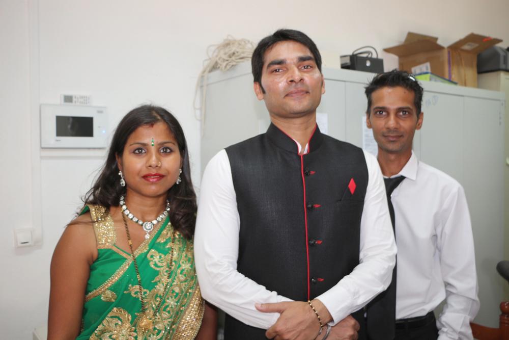 Le Vice-Consul de l'Inde à La Réunion, avec son épouse et un membre du Consulat