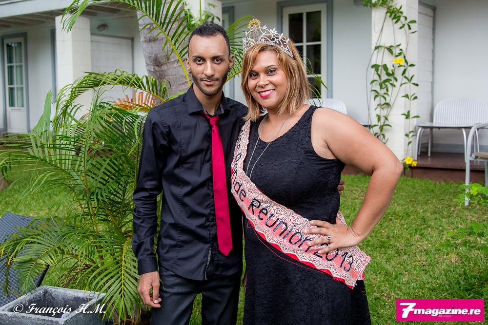 Le présentateur du jour avec Miss Ronde Réunion 2013