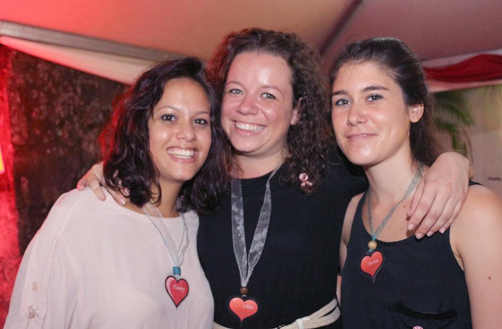 Fanny Périanin et Chloé Robert, animatrices de prévention, et Marion, volontaire de service civique