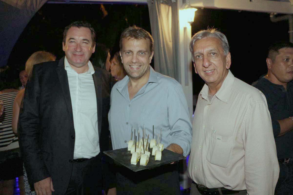 Pascal Turonnet, directeur de l'Hôtel Mercure Créolia, Yves Piednoel, gérant du Restaurant l'Ere des Mets, et Aziz Patel du Comité Miss Réunion