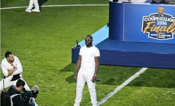 Maître Gims hué copieusement au Stade de France