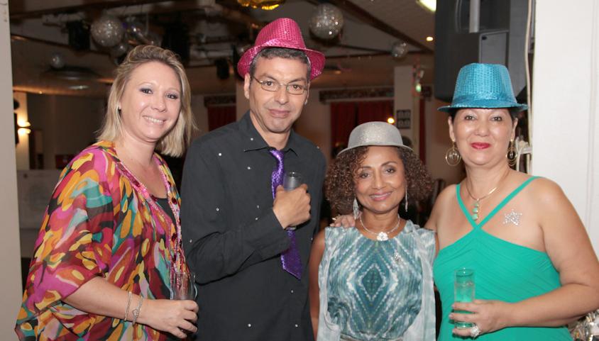 Morgane Allombert du Club Tampon Concession, Wabi, Marie-Annick Boucher et Marie-Josée Vergoz, présidente du Lions Club Savannah Alamanda