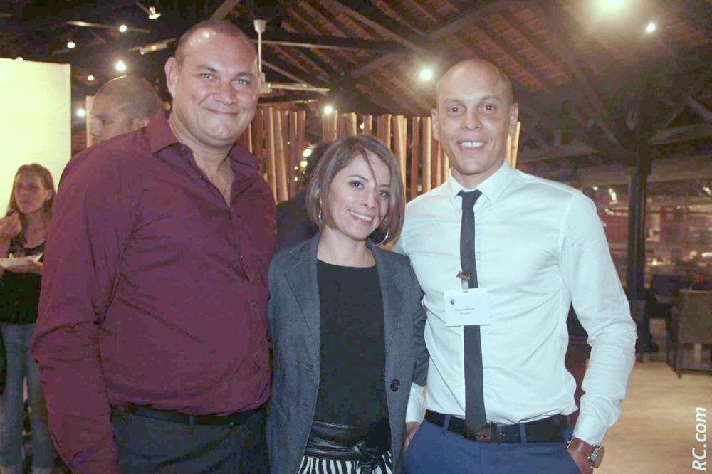 Guy Bounéa, président de ODIL – Sarah Ardoin et Yohan Jaulain, conseillers certifiés AGR2 La Mondiale