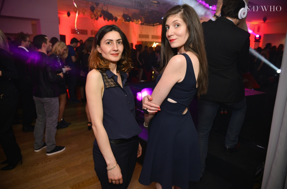 Alexandra Apikian et une amie