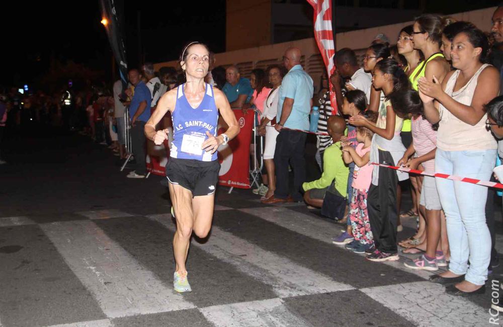 Delphine Dérand disputera également le semi-marathon. Aux côtés de son compagnon Arnaud Moël